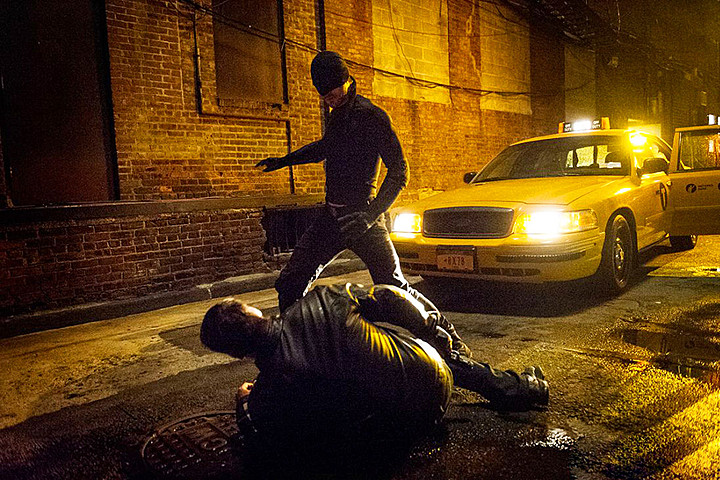 Netflix Picks Up Second Season of 'Marvel's Daredevil' for 2016